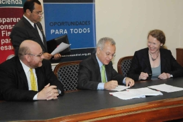 Firma de acuerdo entre el Gobierno de Paraguay y el Banco Mundial