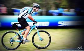 Volar en bici. Aníbal Ovelar