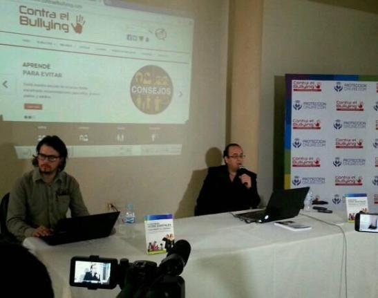 Mario Velázquez y Christian Alvergenga de Protección Online